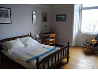 Double room, large Victorian flat in Langside, near Shawlands, £400 p/m inc. all bills.