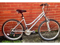 Ladies Raleigh Tundra Lightweight Alloy Bike