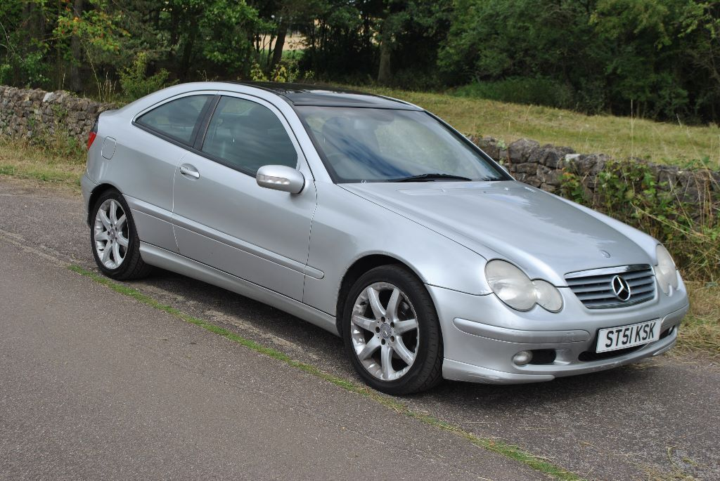 mercedes c180 coupe automatic petrol 2001 51 plate new mot in waltham abbey essex gumtree. Black Bedroom Furniture Sets. Home Design Ideas