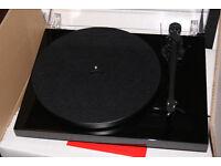 Pro-Ject Debut III SE Turntable - Black