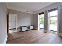 Compayne Gardens - Superb newly refurbished 2 bedroom 2 bathroom 2nd floor flat superbly located