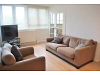 *Large 3 Bedroom Flat* Sloane Square - Walk to tube & busses!! * Availble Now *