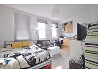 Mill Lane - Lovely 1st floor studio flat with open plan kitchen and separate shower room