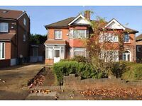 A lovely three bed family house with modern furnishings close to Woodside Park Tube Station