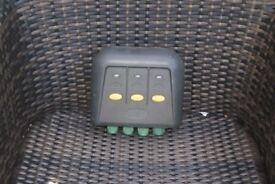 Blagdon outdoor switchbox x 3 ports