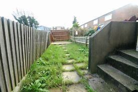 2 Double Bedroom Garden Flat To Rent, Colliers Wood