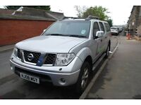 Nissan Navara 2.5 dCi Aventura 4dr (07 - 09) - £8,000 ONO - NEW ENGINE - FULL SERVICE- HARD BOX REAR