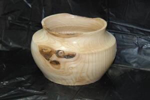 Vase fait en Orme