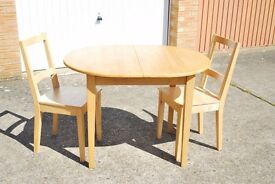 Oval Solid Oak extendable table + 2 matching chairs