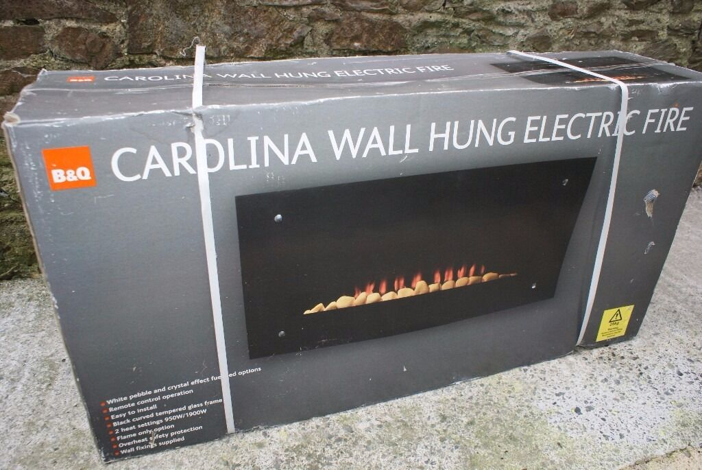 B+Q Carolina Wall Hung Electric Fire, Remote Controlled