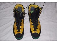 Sportiva Trango Mountaineering Boots Size 47 (UK 10 ) - Used Once