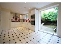 LOVELY 3 DOUBLE BEDROOM HOUSE NEXT TO WEST DULWICH STATION!! SEPERATE KITCHEN, LOVELY GARDEN