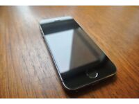 iPhone 5S, 32GB, Space Grey, Locked to O2 / Tesco / giffgaff, Boxed with case , earbuds, adaptor