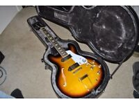 Sunburst Epiphone Casino with Epiphone Hard Case