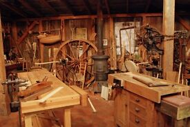 **** WANTED SMALL WORKSHOP/GARAGE FOR WOODWORK *****