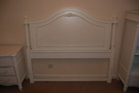 Headboard for a double bed (5-foot)