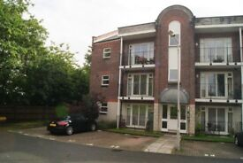 SPACIOUS PART FURNISHED 2 DOUBLE BED, 2 BATH GROUND FLOOR FLAT WITH PATIO & PARKING