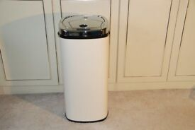 New and Unused DIHL Sensor Kitchen waste bin 50 litres, Cream, Rectangular (but actually curved!)