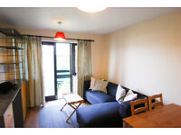 Newly refurbished one bedroom flat with private parking near Cricklewood Stn NW2