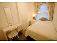 1 Bedroom Flat Zone 1 // Possible for 2 sharers // Students Welcome