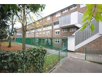 GREAT PRICE GREAT LOCATION 3 DOUBLE BEDROOM FLAT WITH A GARDEN IN PECKHAM! BE QUICK TO VIEW THIS!