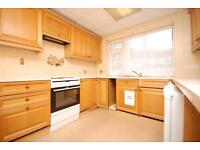 4 bedroom house in Oxford Gardens, Winchmore Hill