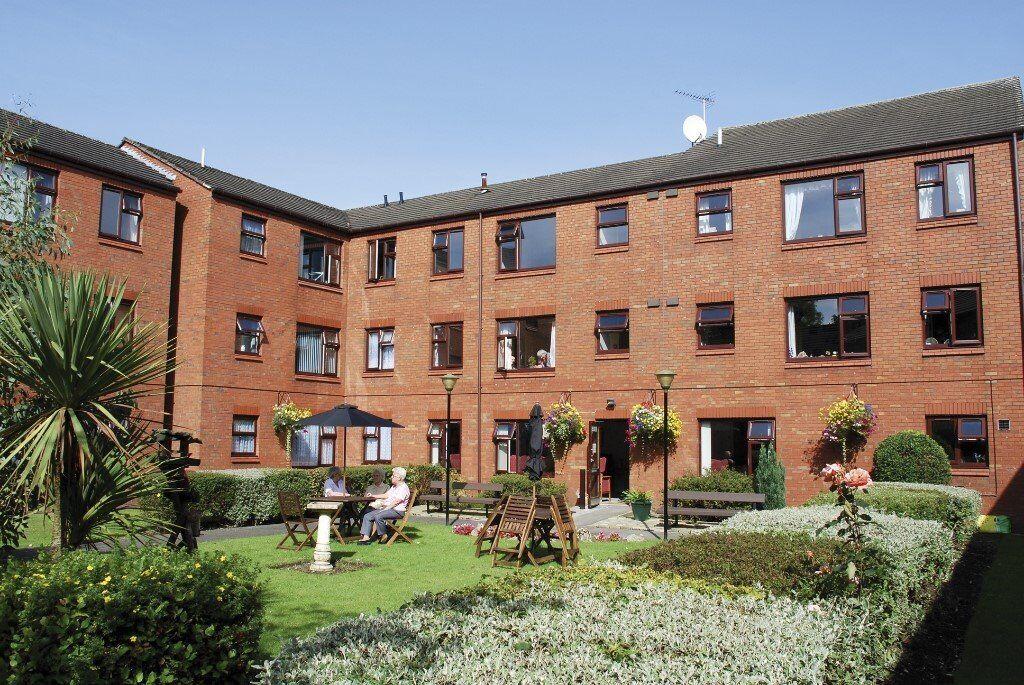 Over 60s - Kirk House - 1 bedroom ground floor flat * 2 WEEKS RENT FREE *