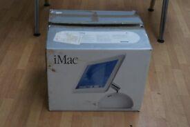 "Apple iMac 15"" Desktop - M7677LL/B (July, 2002)"