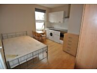 Recently refurbished studio with full fitted kitchen just minutes from Cricklewood Station