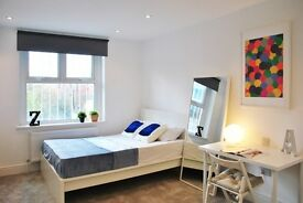 WEST HAMPSTEAD ** Stunning Double room AVAILABLE** COUPLES WELCOM** Short let considered