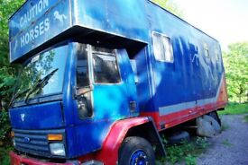Horse Wagon Horse Lorry Livestock Carrier. Needs MOT lovely wagon for money reluctant sale