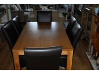 Oak Table 150x90 and 6 leather chairs.