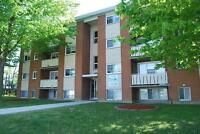 4 BEDROOM STUDENT APARTMENTS * 1 MONTH FREE @ 400 Albert St