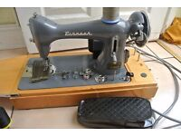 Vintage PINNOCK SEMI Industrial Electric Sewing machine IDEAL FOR LEATHER, CANVAS(see 4 Layers sewn