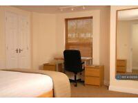 1 bedroom in Gloucester Road, Cheltenham, GL51 (#1000101)