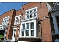 Fantastic first floor 1 bedroom flat with balcony in Kilburn.