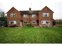 4 bedroom house in Hilfield Reservoir Cottages, Hilfield Lane, Bushey