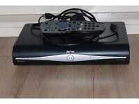 SKY PLUS HD BOX WITH REMOTE,POWER & HDMI LEAD FULLY WORKING