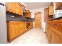 5 bedroom flat in Upper Park Road, Belsize Park
