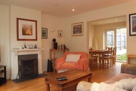 Semi detached family house in Porthtowan with two parking spaces