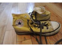 Size 6 Converse All Star Trainers- Yellow