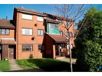 SPACIOUS UNFURNISHED 2 BEDROOM FIRST FLOOR FLAT WITH ALLOCATED OFF ROAD PARKING IN BAITER PARK