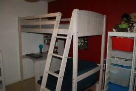 Childs cabin bed, great condition!