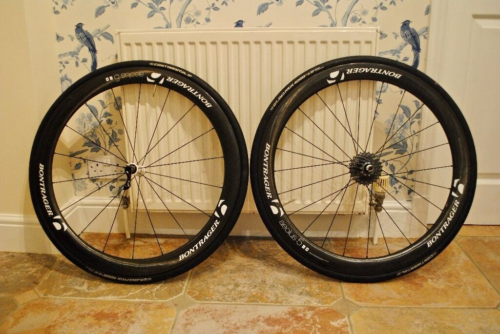 Bontrager Aeolus 5, 11 speed carbon wheel set with Ceramic bearingsDHB wheel bags for salein Mistley, EssexGumtree - Bontrager Aeolus 5, 11 speed carbon wheel set with Ceramic bearings DHB wheel bags and swiss stop brake blocks for sale. Excellent condition Bontrager carbon fibre wheels for sale. Only used in the dry/summer months and mainly for racing. These...