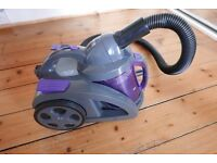 Vacuum cleaner/Hoover 1600W