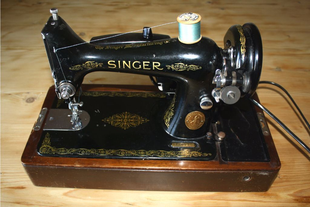 Vintage Antique 40 Singer Sewing Machine Electric 40 Beauteous Singer Sewing Machine 1949