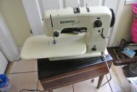 Vintage Bernina 530 Record Automatic Zig Zag Sewing Machine 12 Decorative stitches