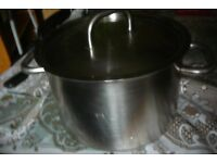 LARGE French High quality Saucepan / stew pot / 10 litres