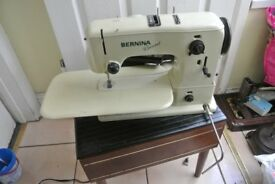 Vintage Bernina 530 Record Automatic Zig Zag Sewing Machine 12 Decorative stitches