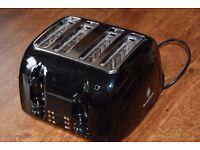 Black 4 slice toaster (Russell Hobbs)